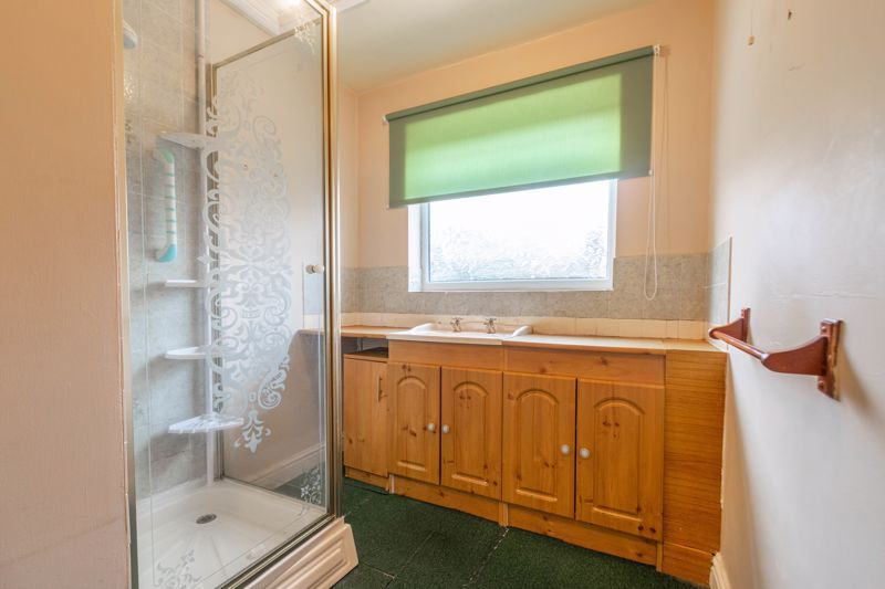 2 bed house for sale in Coppice Avenue 6