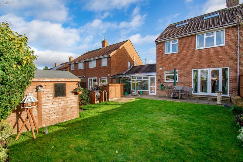 3 bed house for sale in Green Slade Crescent 12
