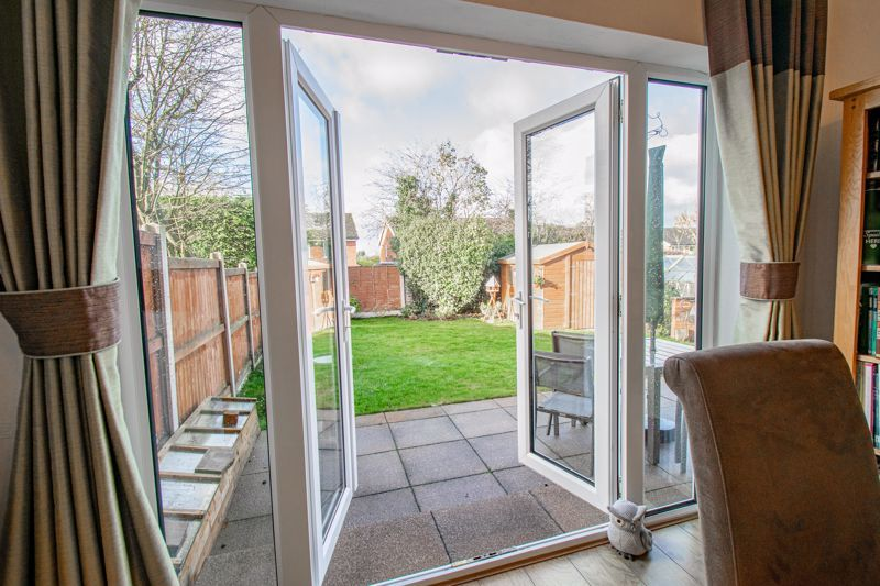 3 bed house for sale in Green Slade Crescent 14