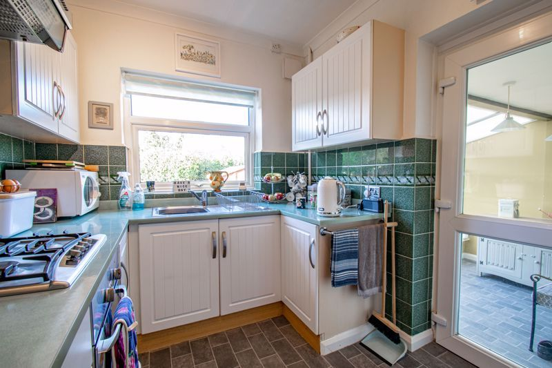 3 bed house for sale in Green Slade Crescent 5
