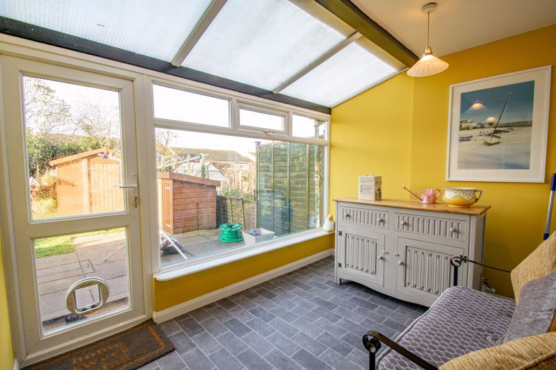 3 bed house for sale in Green Slade Crescent  - Property Image 7