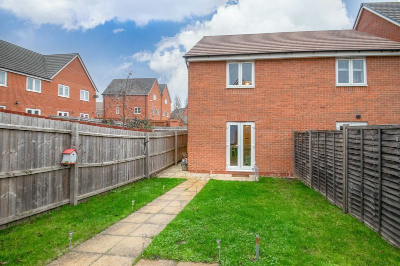 2 bed house for sale in Hurricane Avenue  - Property Image 13