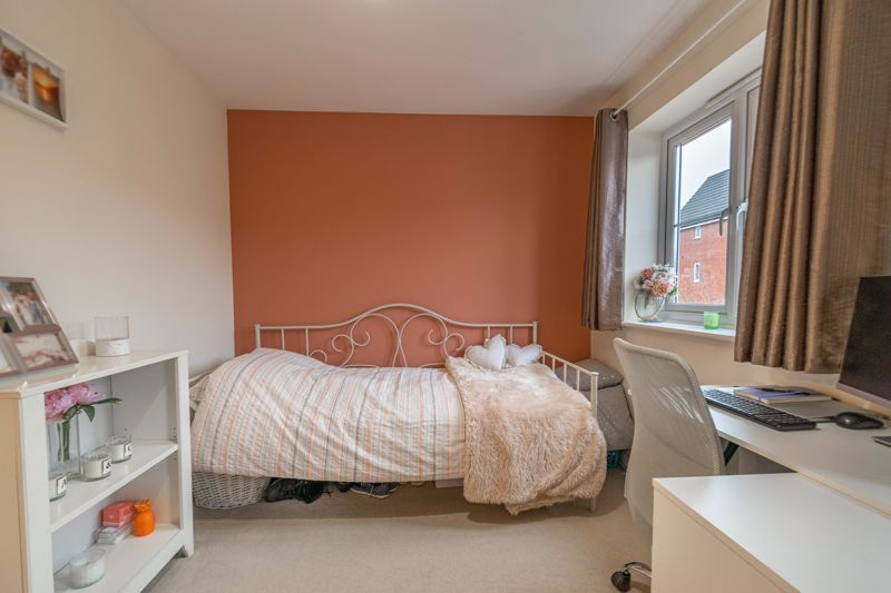 2 bed house for sale in Hurricane Avenue 10