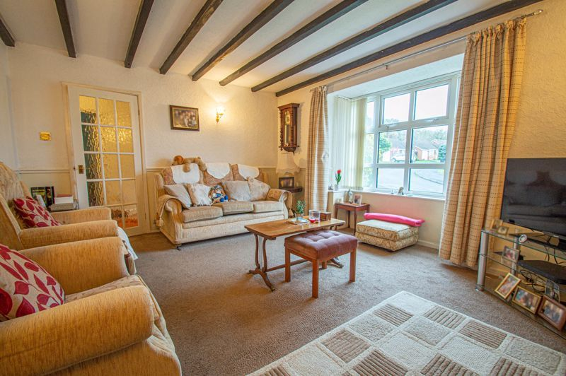 2 bed bungalow for sale in Ridings Lane 3