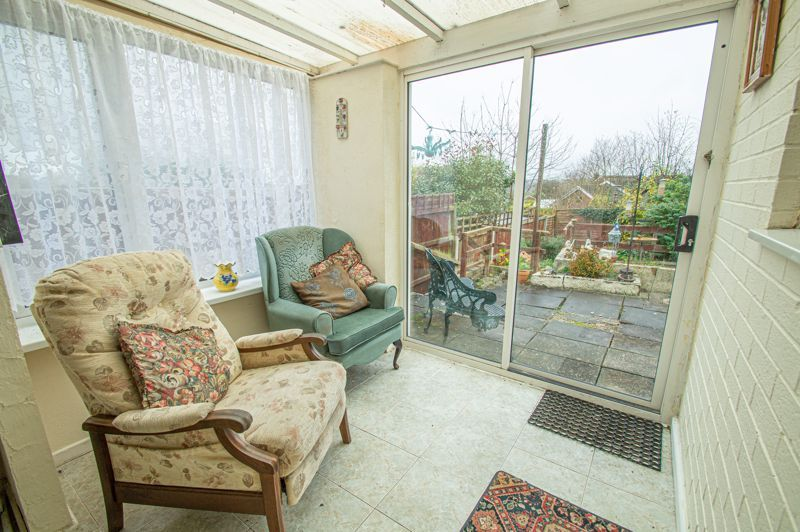 2 bed bungalow for sale in Ridings Lane  - Property Image 10