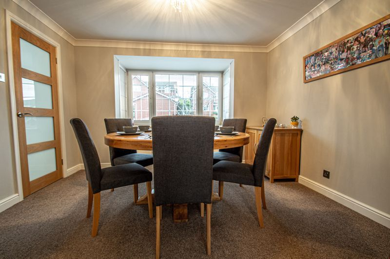 4 bed house for sale in Weatheroak Close 6