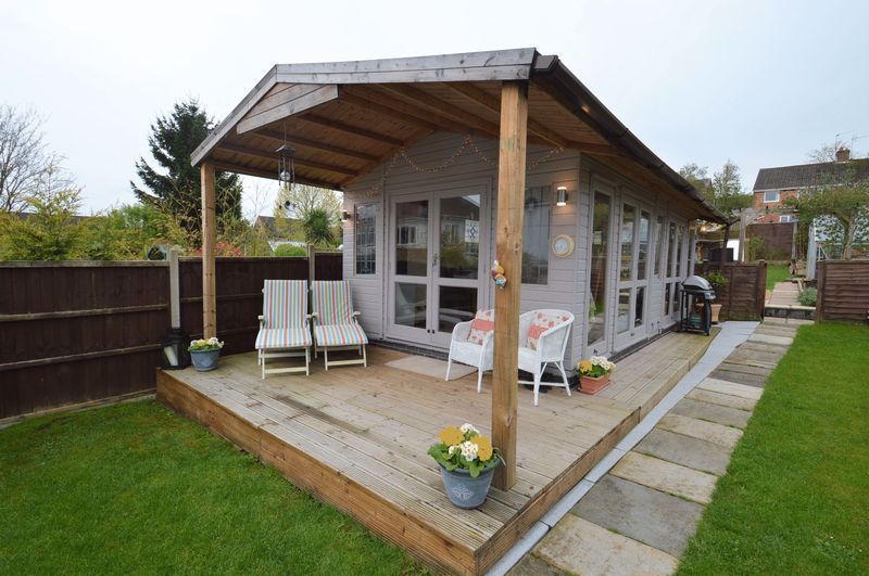 3 bed house for sale in Studley Road 17