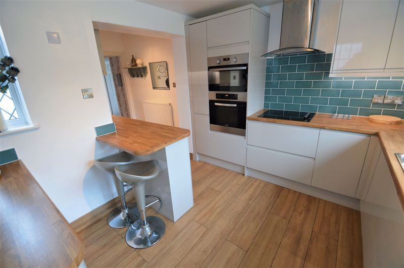 3 bed house for sale in Studley Road  - Property Image 4