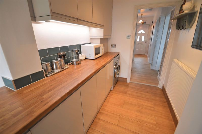 3 bed house for sale in Studley Road  - Property Image 5