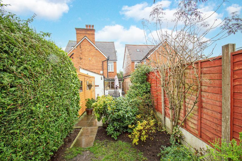 2 bed house for sale in Alcester Road 20