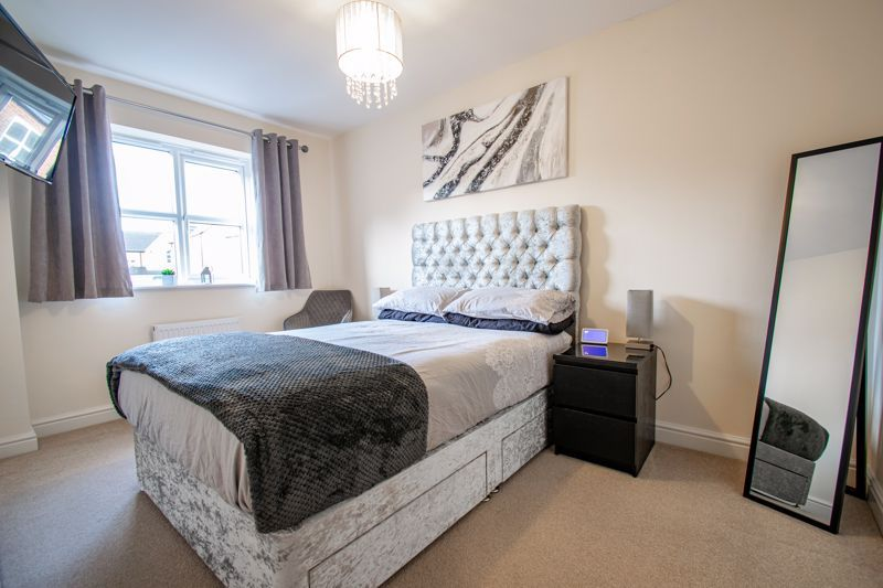 3 bed house for sale in Bhullar Way 8
