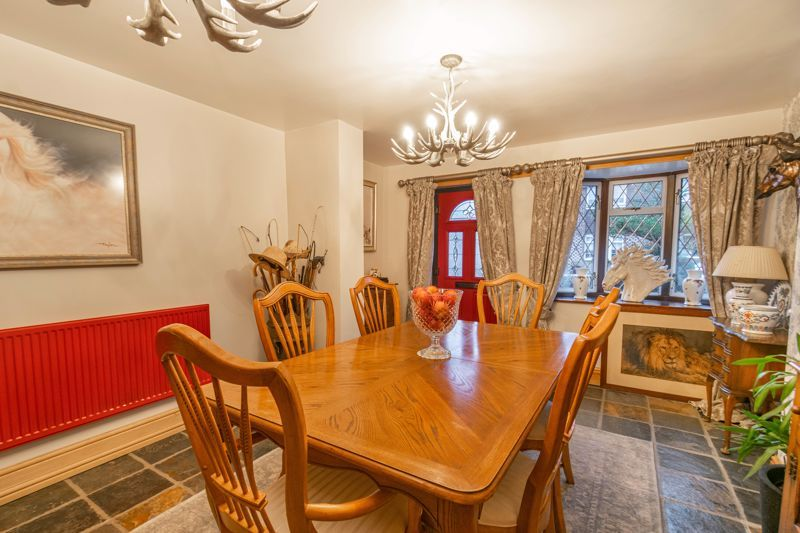3 bed house for sale in Broadwas Close 16