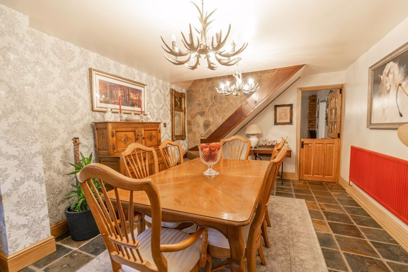 3 bed house for sale in Broadwas Close  - Property Image 5