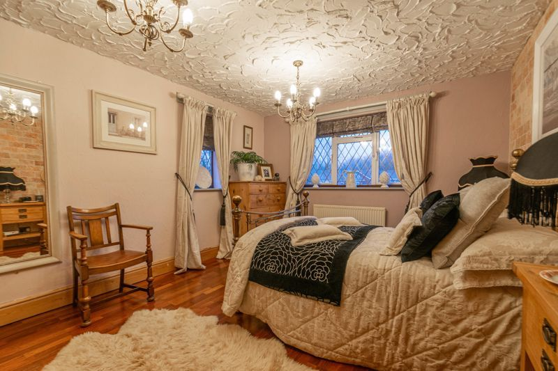 3 bed house for sale in Broadwas Close 8