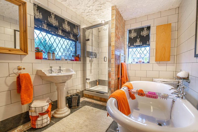 3 bed house for sale in Broadwas Close  - Property Image 9