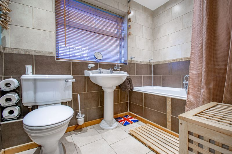 3 bed house for sale in Grampian Road 11
