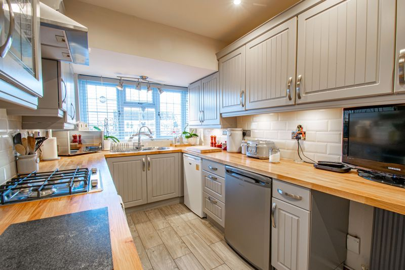 3 bed house for sale in Grampian Road 12