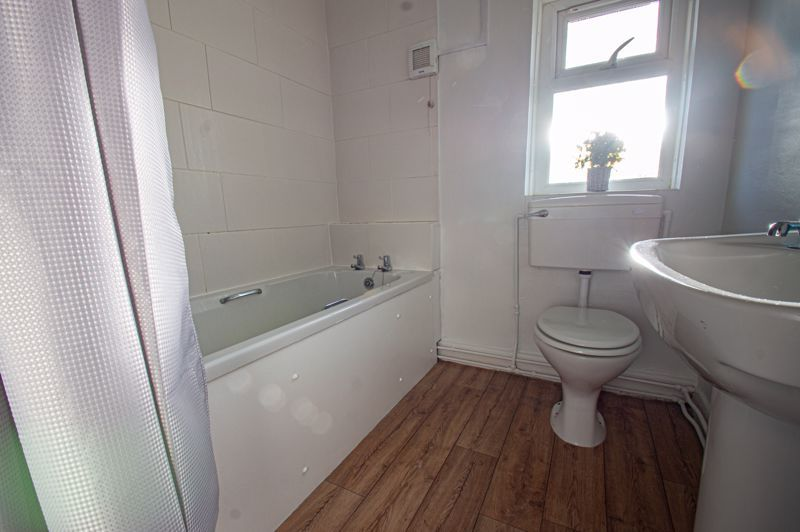 2 bed house for sale in Highfield Crescent  - Property Image 9