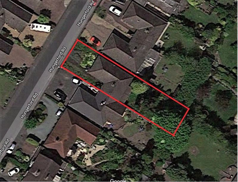 3 bed bungalow for sale in Hungerford Road 3