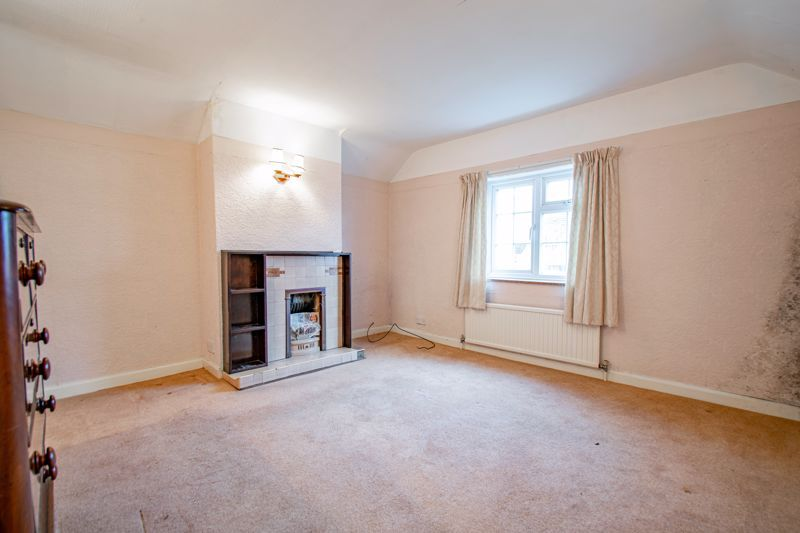 2 bed cottage for sale in Foley Gardens 10