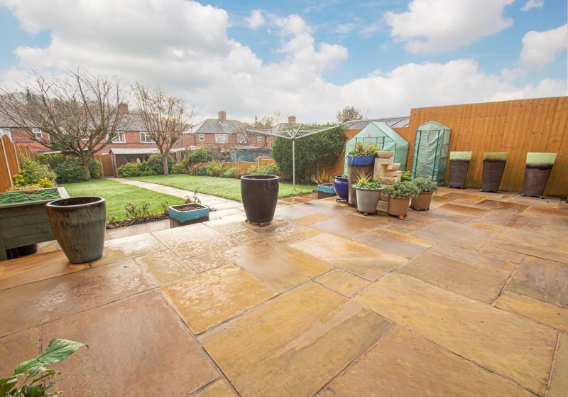 3 bed house for sale in Sutherland Road 11