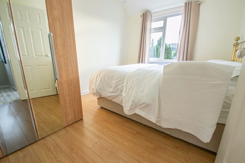 3 bed house for sale in Sutherland Road  - Property Image 5