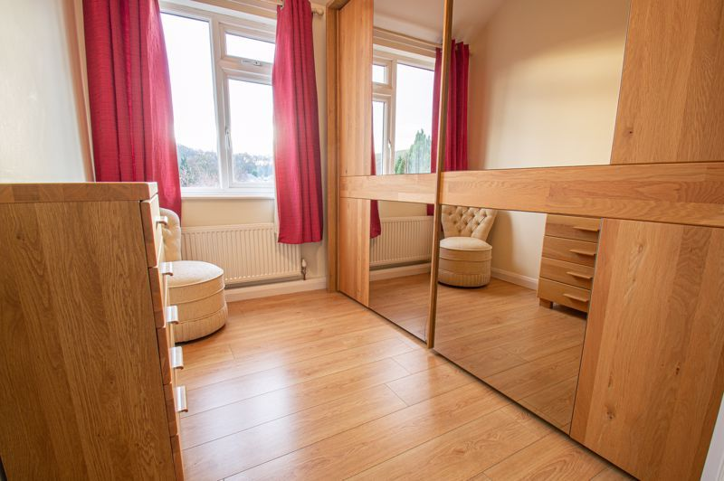 3 bed house for sale in Sutherland Road 8