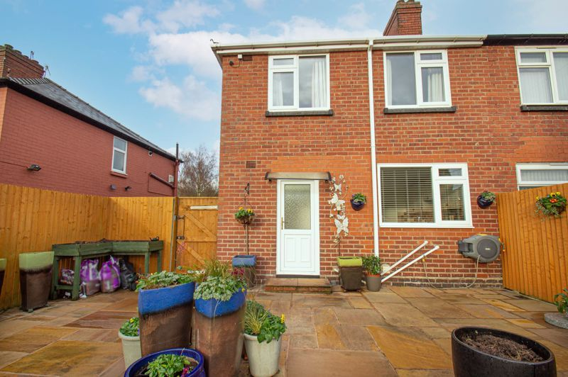 3 bed house for sale in Sutherland Road 10