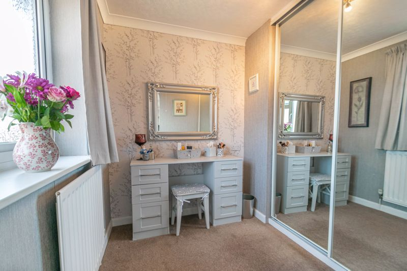 4 bed house for sale in Gladstone Drive  - Property Image 8