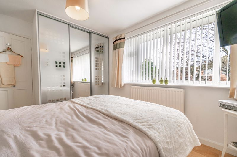 4 bed house for sale in Gladstone Drive  - Property Image 9