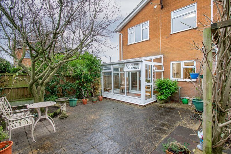 3 bed house for sale in Julian Close  - Property Image 14