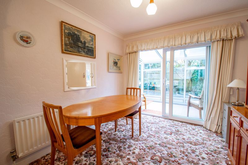 3 bed house for sale in Julian Close 4