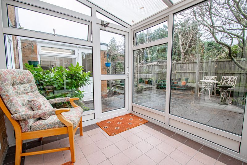 3 bed house for sale in Julian Close 5