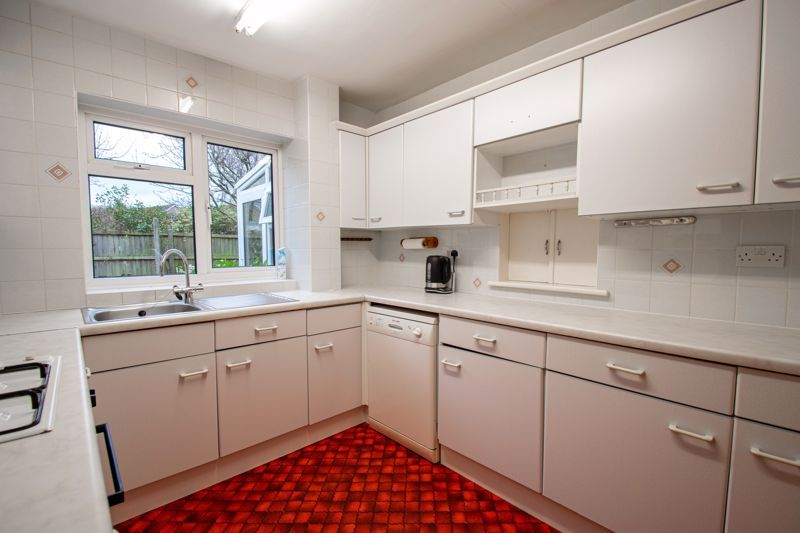 3 bed house for sale in Julian Close 7