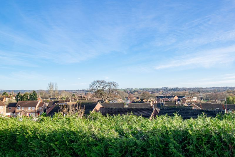 2 bed flat for sale in Gilbert Road  - Property Image 5