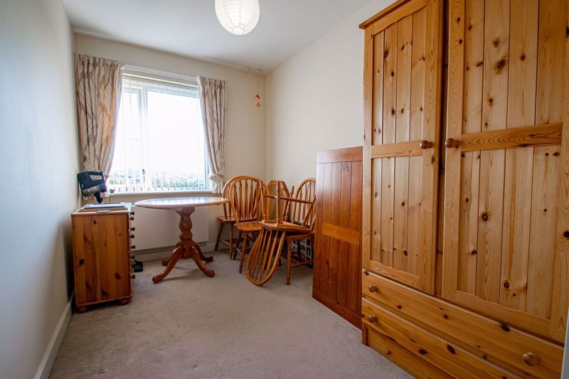 2 bed flat for sale in Gilbert Road 10