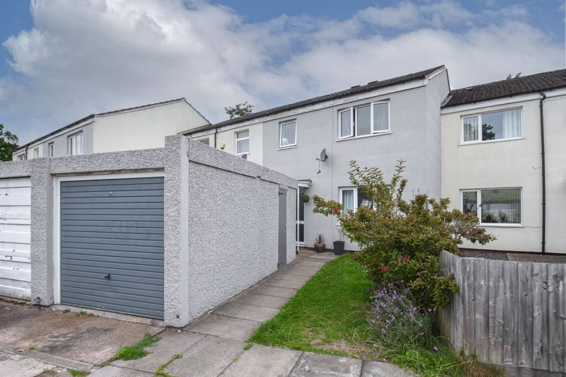 3 bed house for sale in Winforton Close - Property Image 1