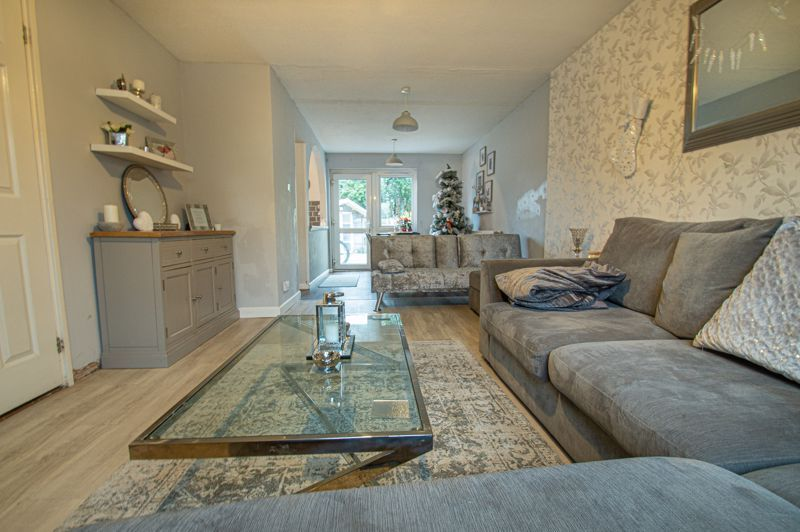 3 bed house for sale in Winforton Close  - Property Image 3
