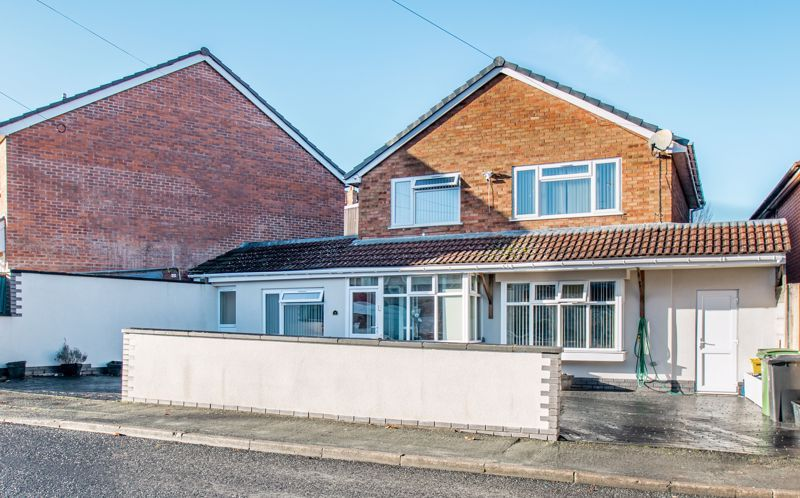4 bed house for sale in Baptist End Road 15