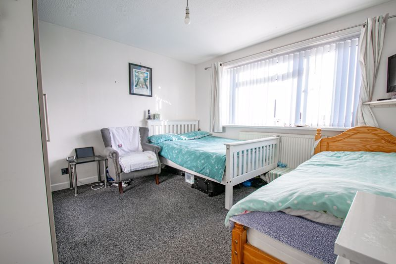 4 bed house for sale in Baptist End Road  - Property Image 7