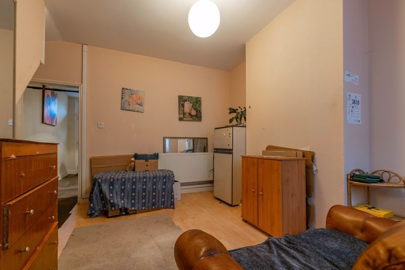 3 bed house for sale in St Georges Road  - Property Image 4