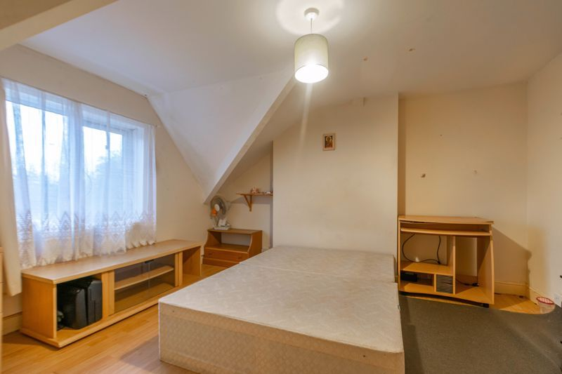3 bed house for sale in St Georges Road  - Property Image 7