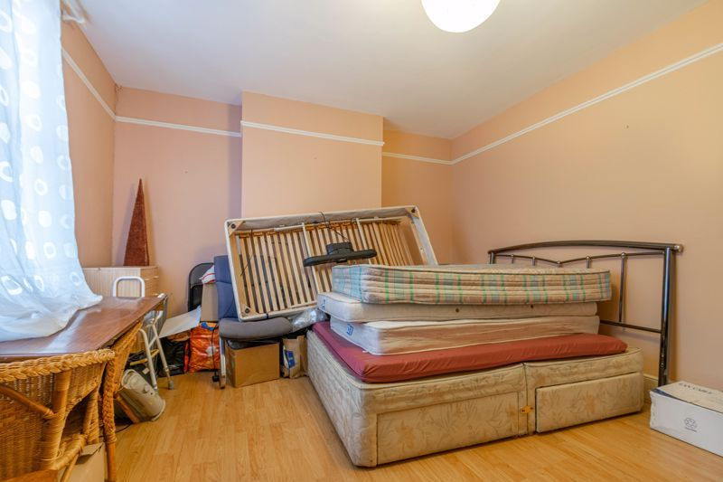 3 bed house for sale in St Georges Road  - Property Image 9