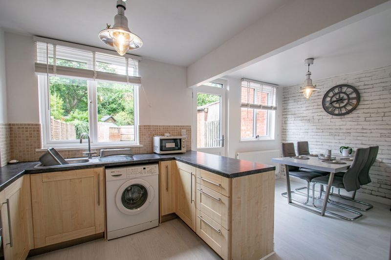 3 bed house to rent in Edgeworth Close  - Property Image 2