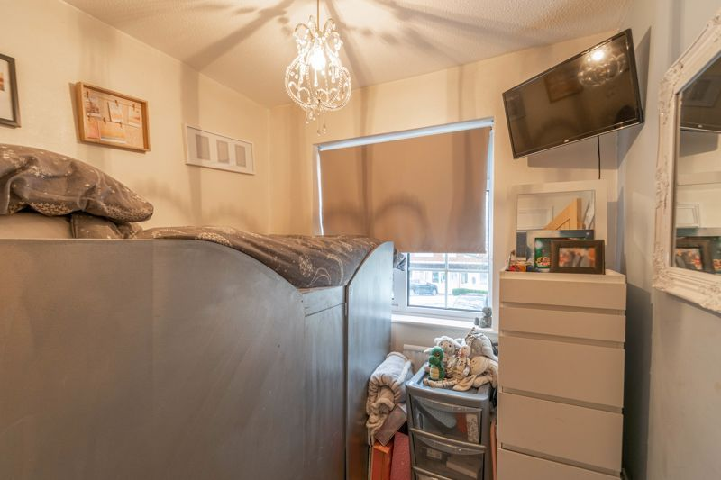4 bed house for sale in Cheswick Close 11