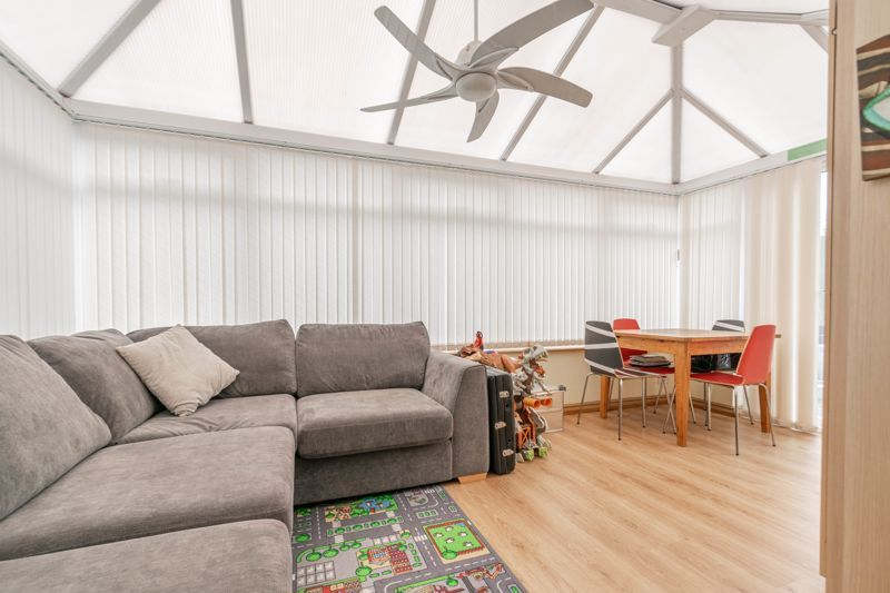 4 bed house for sale in Cheswick Close 6