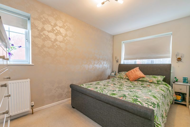 4 bed house for sale in Cheswick Close 7