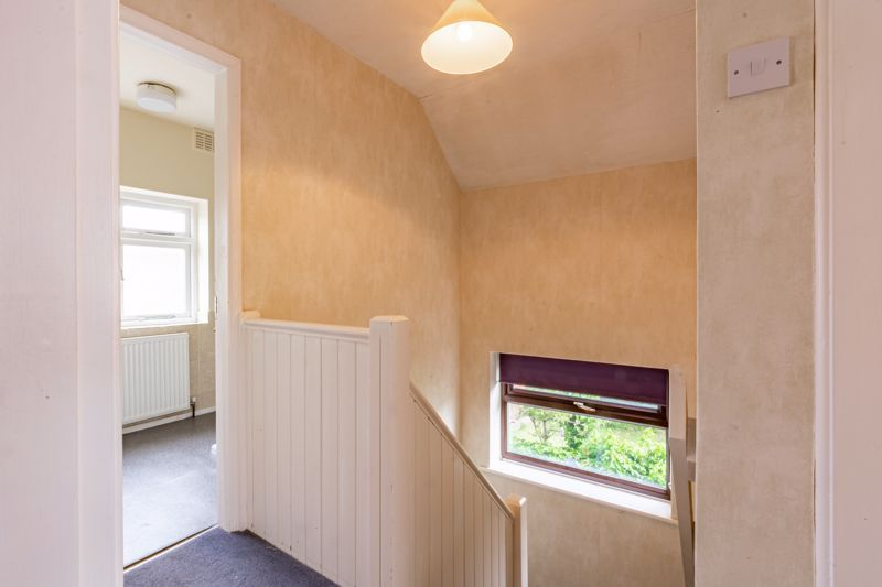 4 bed house for sale in Bernwall Close  - Property Image 16