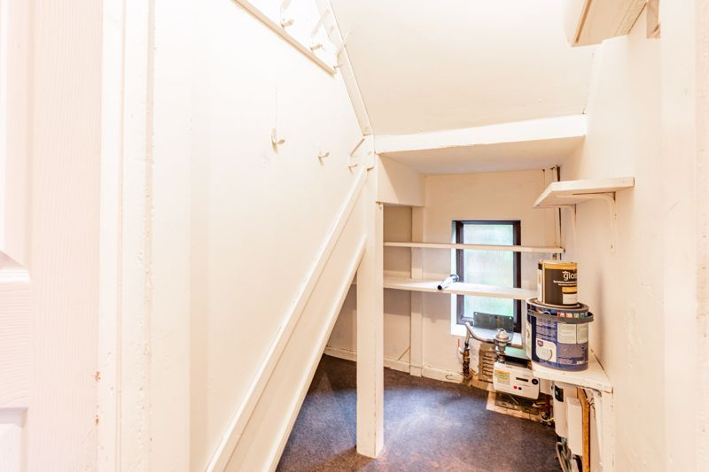 4 bed house for sale in Bernwall Close  - Property Image 18