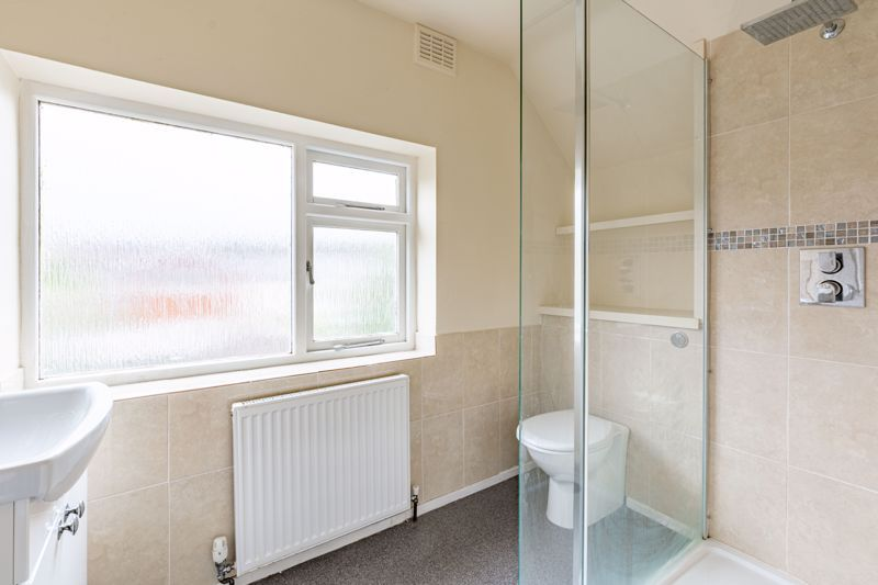 4 bed house for sale in Bernwall Close  - Property Image 10